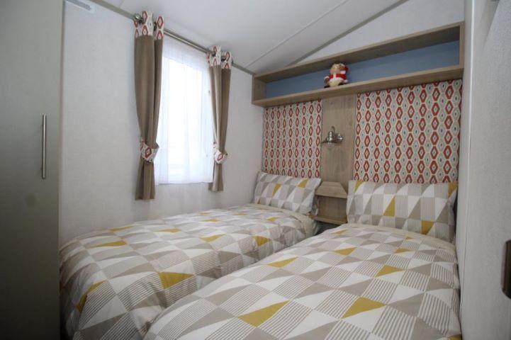 Onyx3 bedroom
